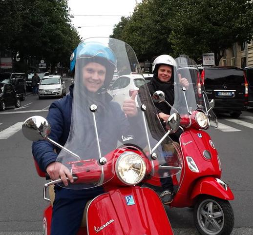 Affittare-vespa-a-Roma-vacanze-in-vespa-roma