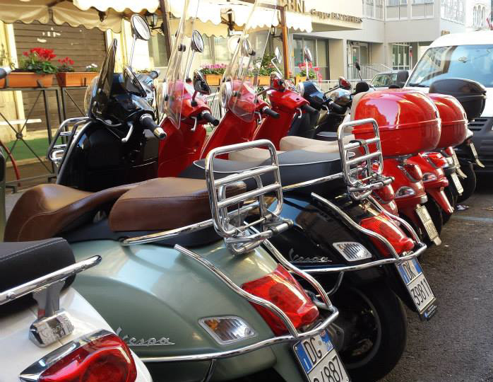My-scooter-rent-in-rome-affittare-scooter-vespa-a-roma
