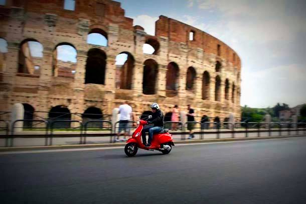 Rome-tours-with-a-rented-scooter