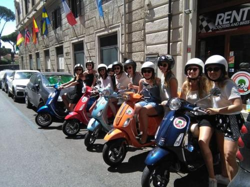 photogallery myscooterentinrome8