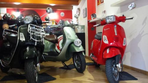 photogallery myscooterentinrome9